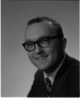 Wuhrer, Fred, Business Management, Staff portraits 1965-1967 (E) [1 of 5 photographs]