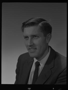Fox, Selwyn P., Forest Products Lab, Staff portraits 1965-1967 (E) [4 of 4 photographs]