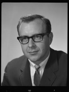 Kaplan, Business Management, Staff portraits 1965-1967 (E) [2 of 3 photographs]