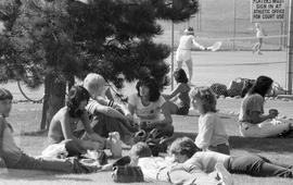 BCIT students picnicking near SE16 and tennis courts
