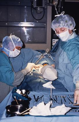 Advanced critical care studies, people with operating instruments, 1987