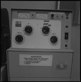 Medical radiography; control board for an x-ray generator