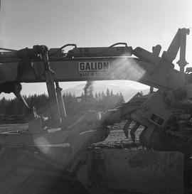 Heavy duty equipment operator, Nanaimo ; a Galion grader ; a bulldozer in the background