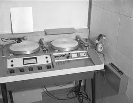 British Columbia Institute of Technology Broadcasting ; 1960s ; turntable set up for a DJ
