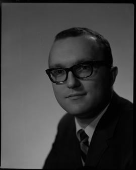 Wuhrer, Fred, Business Management, Staff portraits 1965-1967 (E) [4 of 5 photographs]