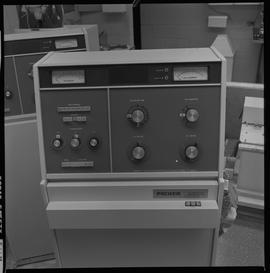 Medical radiography; control panel for a piece of radiography equipment