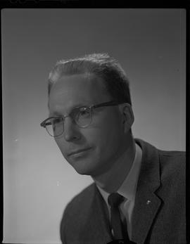 Mitchell, Gordon, Forest Products Utilization, Staff portraits 1965-1967 (E) [4 of 4 photographs]